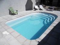 petite piscine moderne -  - piscine coque polyester