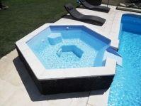 spa à débordement, jacuzzi avec bec -  - piscine coque polyester