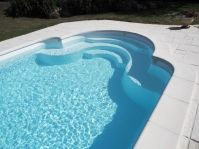 Piscine en escalier romain -  - piscine coque polyester