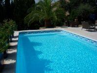 Escalier de piscine rectangle - Photo piscine à coque