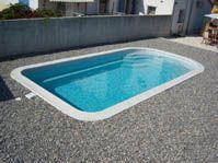 Piscine d'exposition de l'usine, couleur grise -  - piscine coque polyester