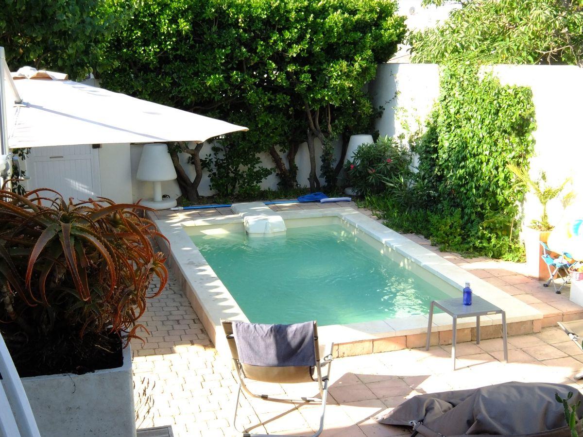 Photo Petite piscine sans déclaration préalable - Photo d'une piscine coque