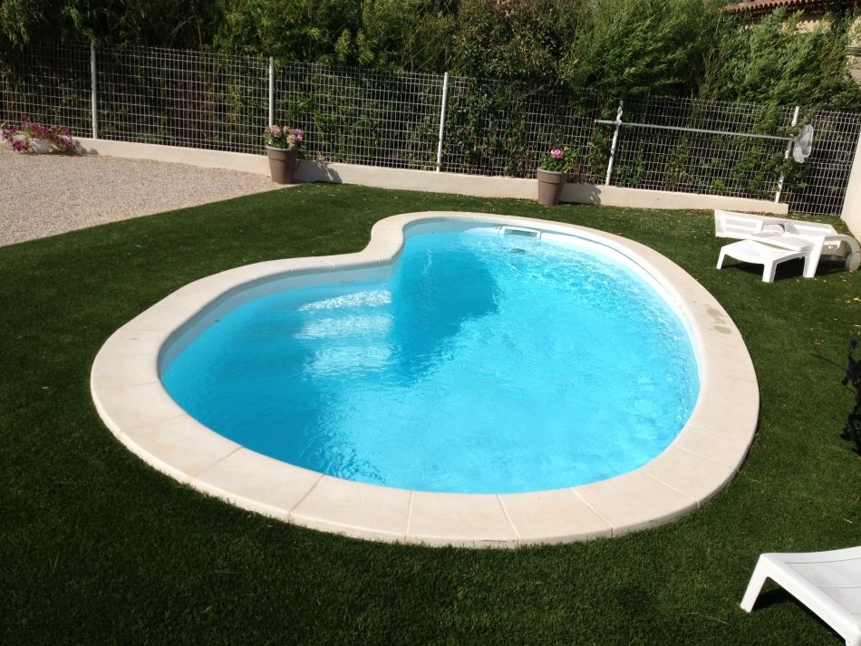 photo piscine coque haricot - Piscine Haricot Prix
