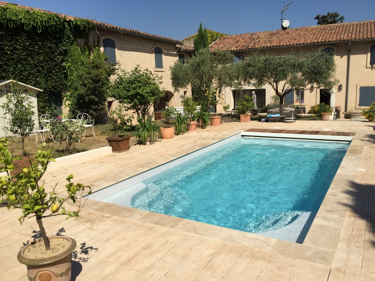 Piscine rectangle avec volet roulant volet immerg maytronics - Prix construction piscine ...