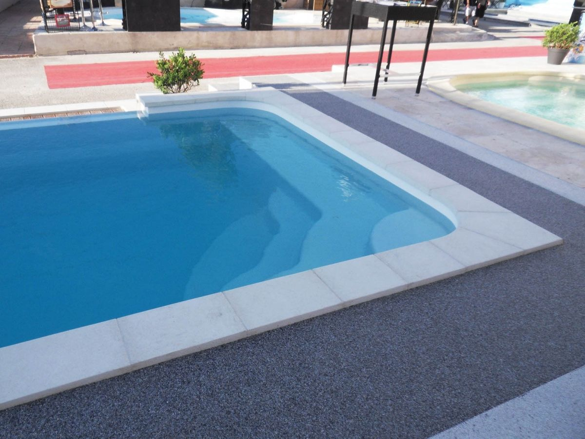 Fiche technique de la piscine mod le estari for Modele piscine