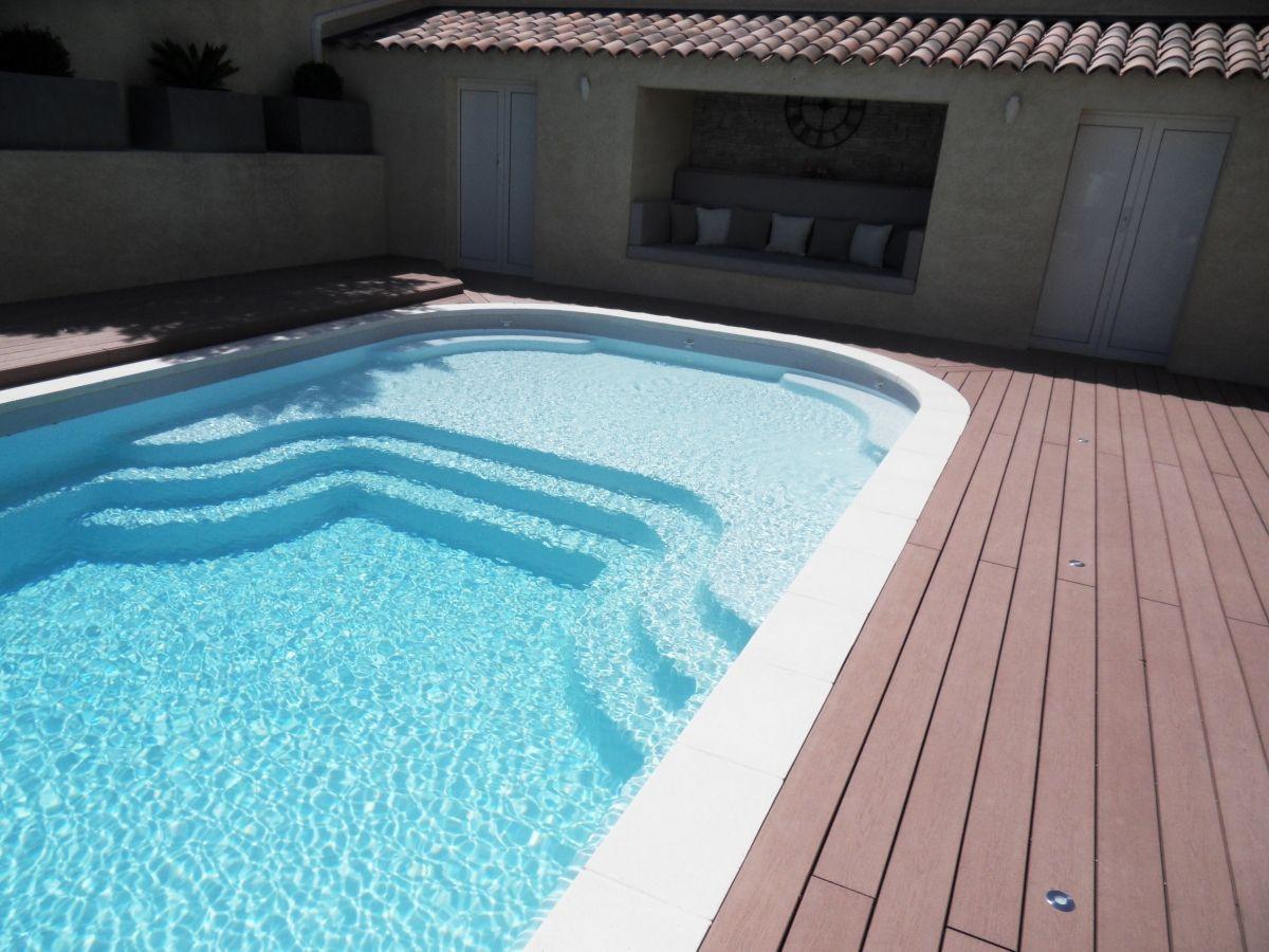 Fiche technique de la piscine mod le lac de charmes for Modele piscine